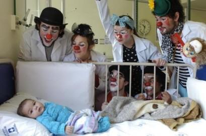medicos do sorriso e1348962208232 ONGs e Grupos de Ação Humanitária em Hospitais, Comunidades e Escolas